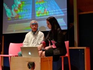 multi-tasking EEG with audience
