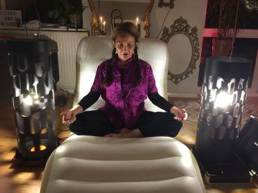 luci_Mauve_meditate